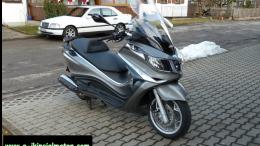 2.El Piaggio X10 350