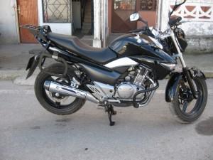 2.El Suzuki GW250 Inazuma